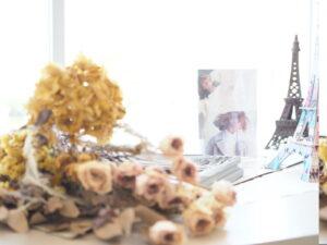 エッフェル塔と花